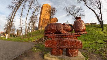 Legenda o Popielu: Mysia Wieża w Kruszwicy. Zdjęcie ilustracyjne