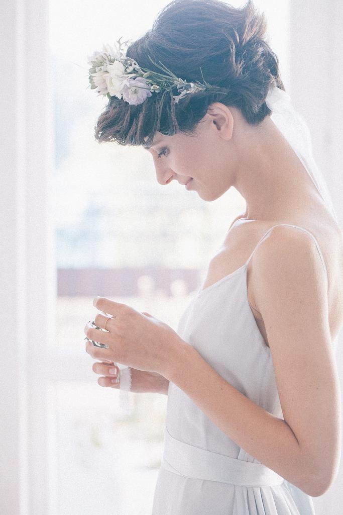 Krótkie fryzury ślubne nie muszą być nudne