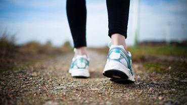 Krokomierz pozwala monitorować, czy wykonujemy każdego dnia minimalną ilość kroków gwarantującą dobrą formę i zdrowie.