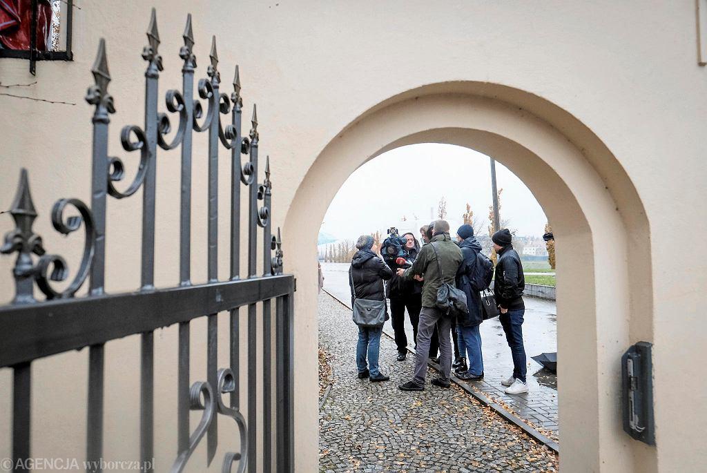 13 listopada 2019 r. Kobiety wspierające ofiarę księdza pedofila przyniosły 16 tys. podpisów do siedziby Towarzystwa Chrystusowego w Poznaniu