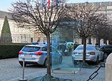 Incydent przed Pałacem Prezydenckim. ''Uciekał przed policją''