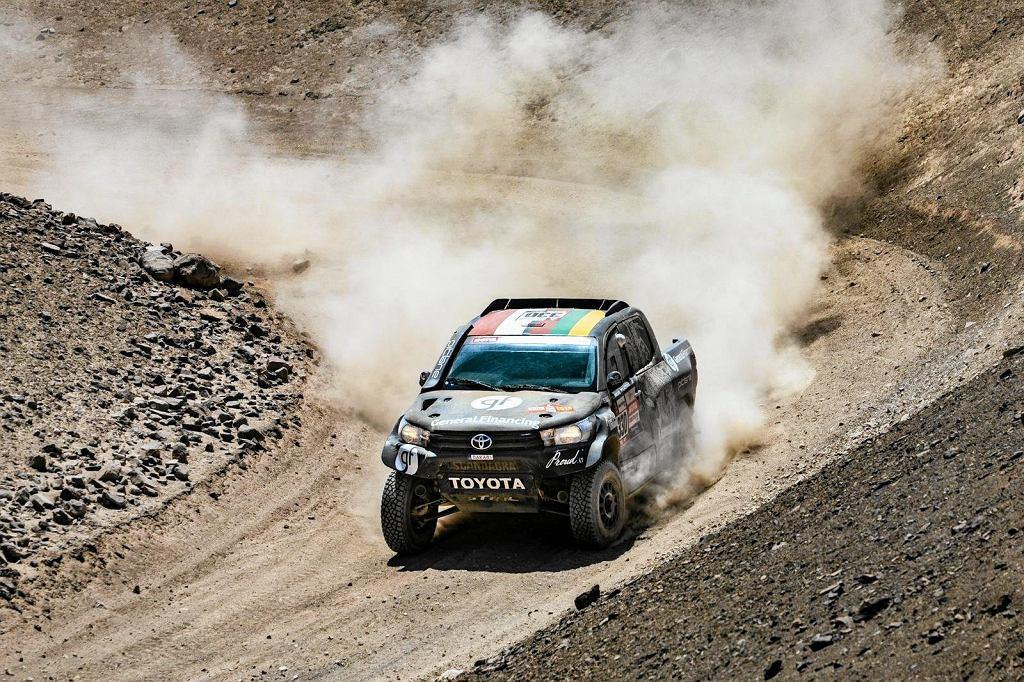 Samochód pilotowany przez Sebastiana Rozwadowskiego na trasie Rajdu Dakar 2019