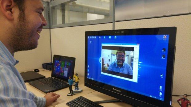 Paul Tapp demonstruje, jak działa Real Sense Intela