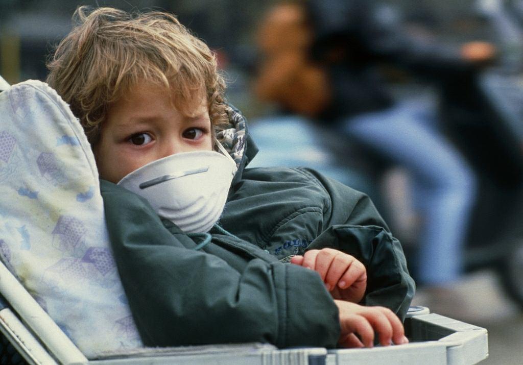 570 tys. dzieci umiera rocznie z powodu zanieczyszczenia powietrza i biernego palenia