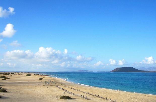 Wyspy Kanaryjskie - Fuerteventura. Grandes Playas / fot. Ayelienne CC BY-ND Flickr.com
