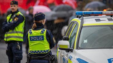 Funkcjonariusze szwedzkiej policji