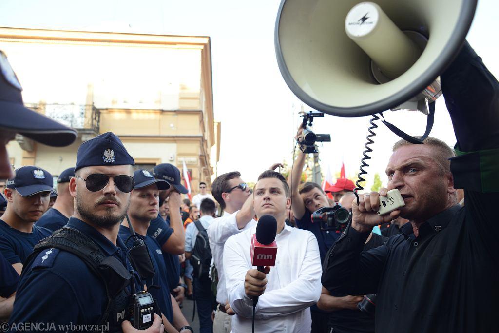 1.08.2018, Warszawa, policja blokuje marsz ONR