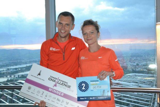 Dominika Wiśniewska-Ulfik i Piotr Łobodziński z 4Flex Sport Team. Będą walczyć o podium na  Red Bull 400 Harrachov