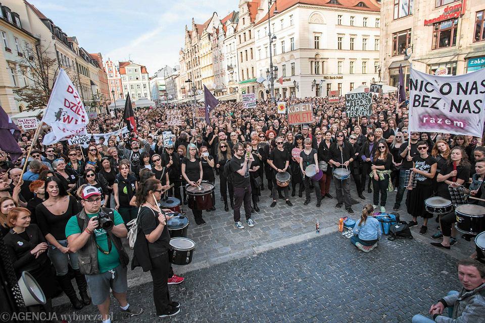 Czarny protest we Wrocławiu