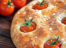 Focaccia z pomidorami - ugotuj