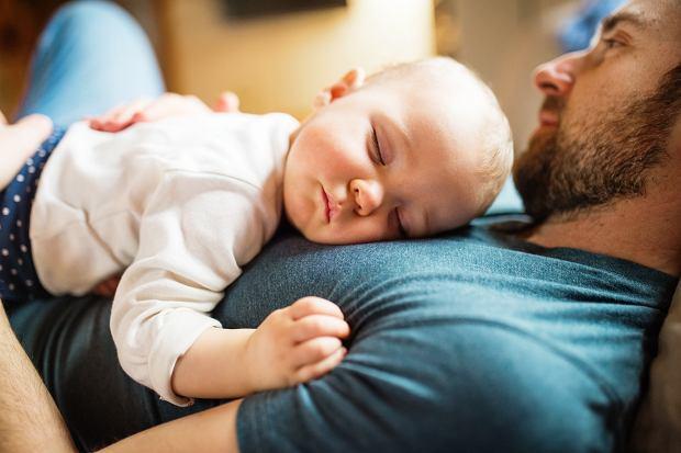 Toksyczny ojciec może wyrządzić dziecku dużą krzywdę. Po jakich cechach go rozpoznać?