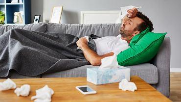 Infekcja wirusowa  zazwyczaj ma stosunkowo łagodny przebieg oraz trwa zdecydowanie krócej niż infekcja bakteryjna.