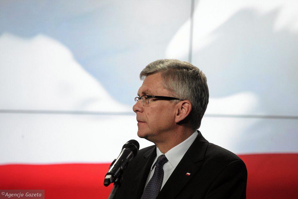 <b>Stanisław Karczewski - zdrowie</b><br/>Chirurg, wicemarszałek Senatu, do niedawna w dalszych szeregach partii, dziś rzecznik sztabu wyborczego PiS. Jeden z najbardziej zaufanych ludzi Jarosława Kaczyńskiego, ma właściwie nieograniczony dostęp do prezesa - mówią osoby związane z PiS. <br/><br/><a href=