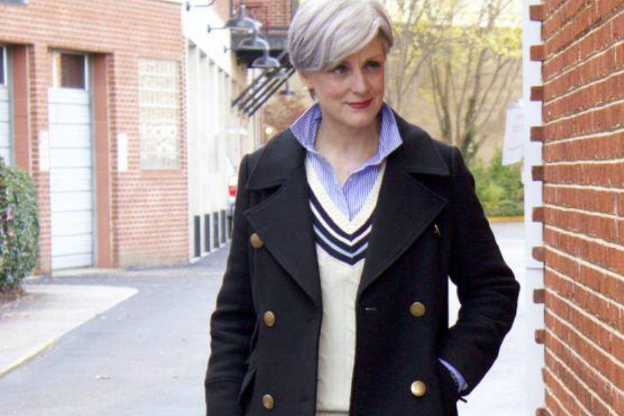 Przegląd płaszczy na jesień dla dojrzałych kobiet