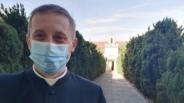 - Nienoszenie maseczek jest grzechem - mówi ks. Rafał Kowalski, rzecznik Archidiecezji Wrocławskiej.