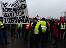 Droga S8 w kierunku Wrocławia odblokowana. Ale protest rolników dalej trwa
