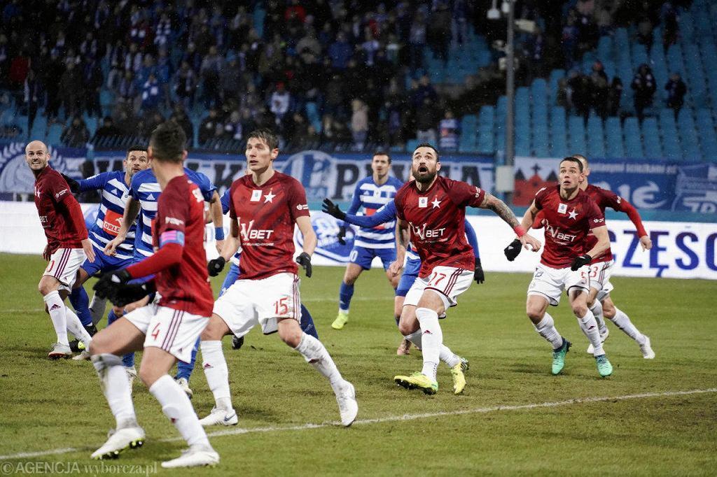 Ekstraklasa, piłka nożna. Wisła Płock - Wisła Kraków 1:2