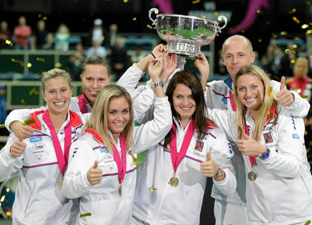 Andrea Hlavackova, Lucie Hradecka, Klara Koukalova, Lucie Safarova, Petr Pala i Petra Kvitova