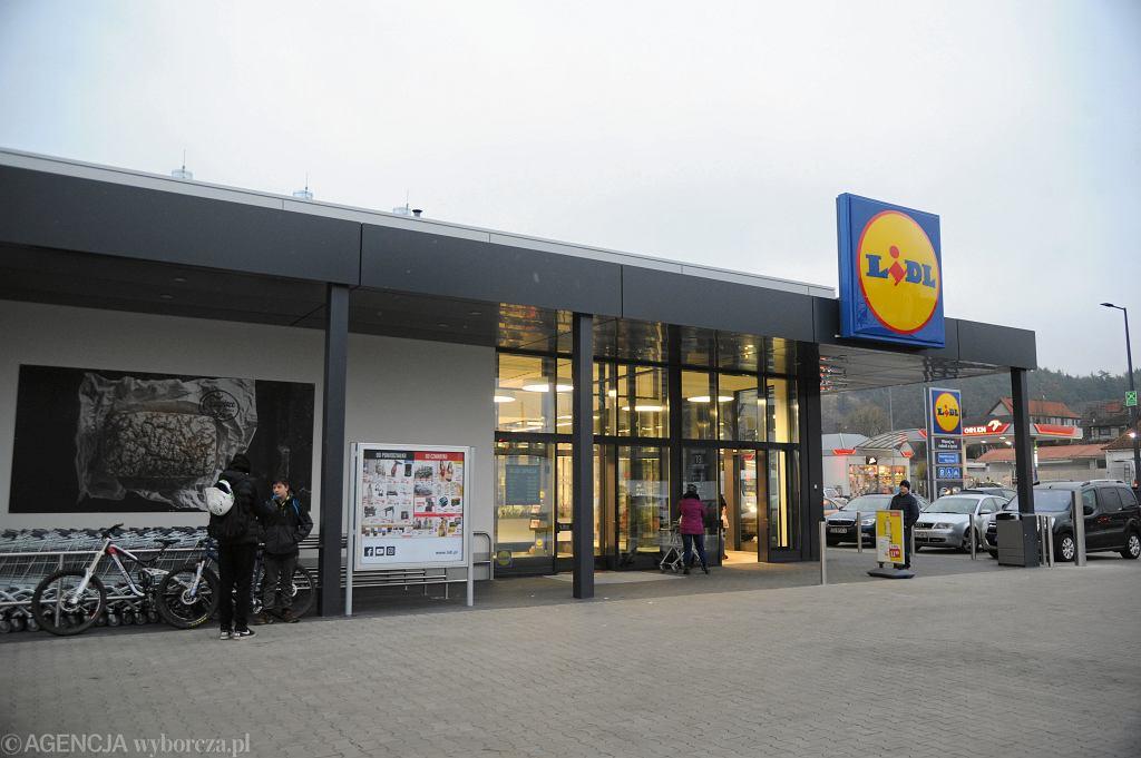 Godziny otwarcia sklepów w Wigilię. Lidl, Biedronka, Tesco, Auchan