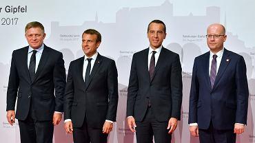 Premier Słowacji Robert Fico, prezydent Francji Emmanuel Macron, kanclerz Austrii Christian Kern i premier Czech Bohuslav Sobotka. Salzburg, 23 sierpnia 2017 r.