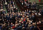 Budżet przyjęty, kryzys trwa. Co wydarzyło się w Sejmie