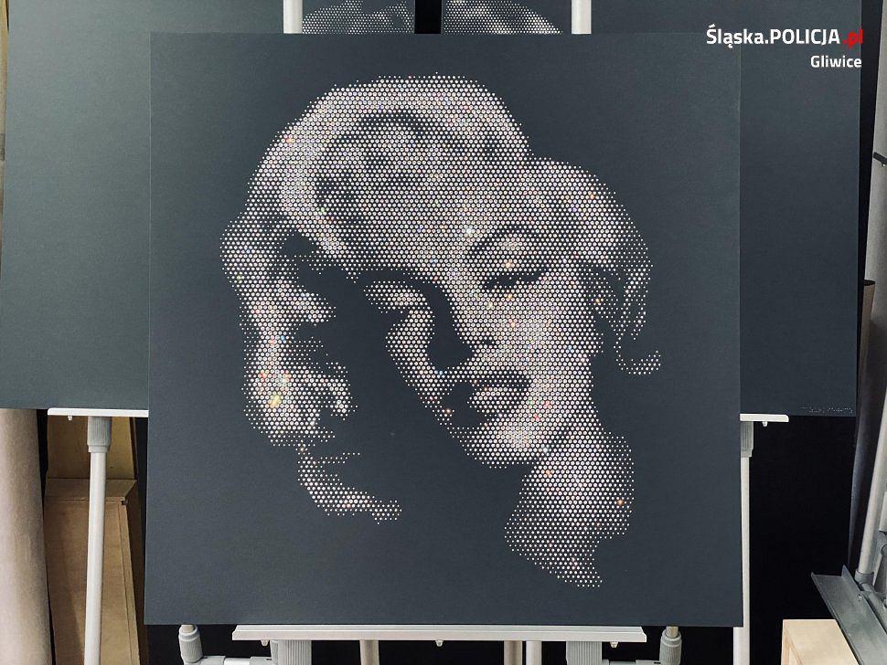 Policjanci z Gliwic odzyskali skradziony obraz Marilyn Monroe, wykonany z 6 tysięcy kryształków Swarovskiego
