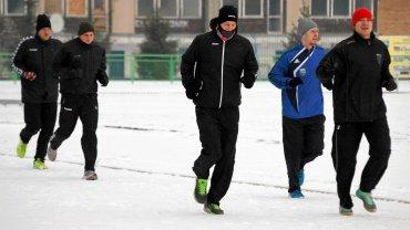 Maciej Ścigaj (drugi z prawej) przygotowuje się już Gwardią do kolejnej części sezonu