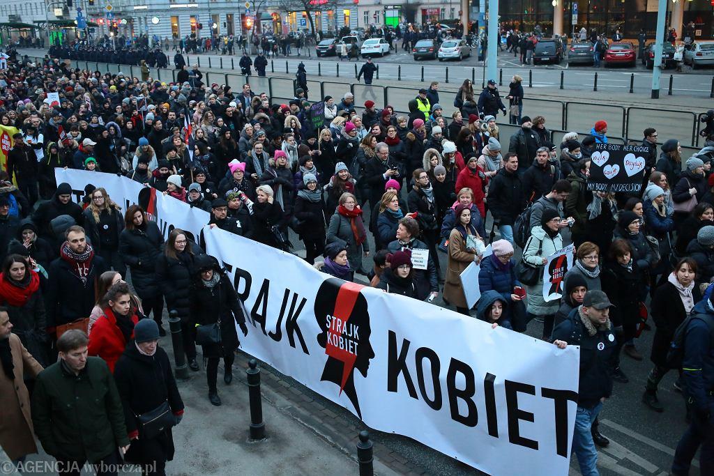 Projekt Zatrzymaj Aborcję, który zaostrza prawo aborcyjne, znowu w Sejmie