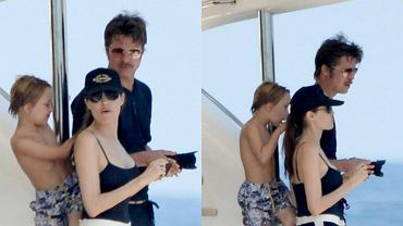 """Angelina Jolie i Brad Pitt zaraz po ślubie wrócili do pracy - na Malcie powstaje film """"By the Sea"""", w którym para gra małżeństwo przechodzące kryzys. W prawdziwym życiu ich miłość kwitnie, co najlepiej widać na pierwszych wspólnych zdjęciach nowożeńców. Razem z gromadką swoich dzieci wynajęli luksusowy jacht u wybrzeży Malty, gdzie w towarzystwie przyjaciół wypoczywali i cieszyli się wspólnie spędzanym czasem. Trzy tygodnie po kameralnej ceremonii państwo Pitt spędzają czas jak typowa, szczęśliwa rodzinka. Dzieciaki szaleją w wodzie, Brad Pitt fotografuje je z zapałem, a piękna Jolie w sportowych szortach (widzieliście ją kiedyś w krótkich spodenkach?!) wypoczywa i czule obejmuje męża. Zobaczcie zdjęcia!"""