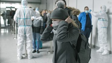 Lotnisko Poznań-Ławica. Przylot samolotu z Bergamo , gdzie panuje epidemia koronawirusa.