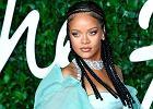 """Rihanna znów przeszła do historii. Tym razem jako pierwsza kobieta w duragu na okładce brytyjskiego """"Vogue'a"""""""