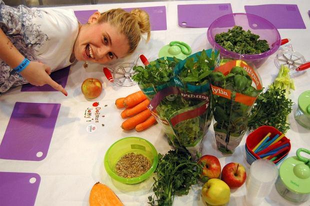 """Co zrobić, aby dzieci sięgały po owoce i warzywa? """"Kupujmy te, które rzeczywiście są pyszne"""" [ROZMOWA]"""