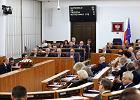 Senat za nową ustawą covidową, ale wniósł 41 poprawek