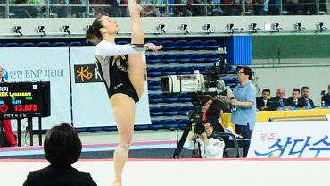 Paula Plichta, gimnastyczka UKS SMS Olsztyn stanęła na podium zawodów w Korei Południowej (2014 r.)