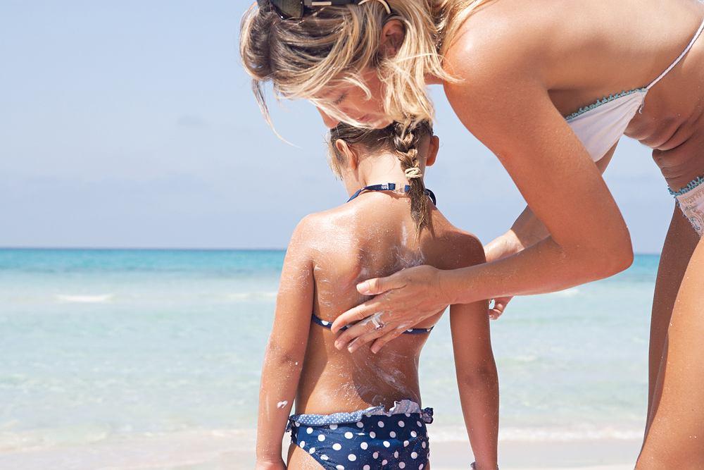 Jak chronić skórę przed słońcem