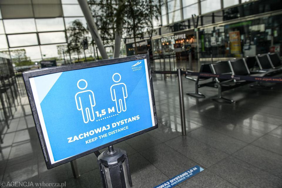 Lotnisko we Wrocławiu szykuje się na wznowienie połączeń po przerwie spowodowanej epidemią koronawirusa.