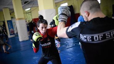 Joanna Jędrzejczyk podczas treningu w sali Berkut Arrachion Olsztyn, kwiecień 2016 r.
