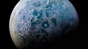 Jowisz od strony bieguna północnego