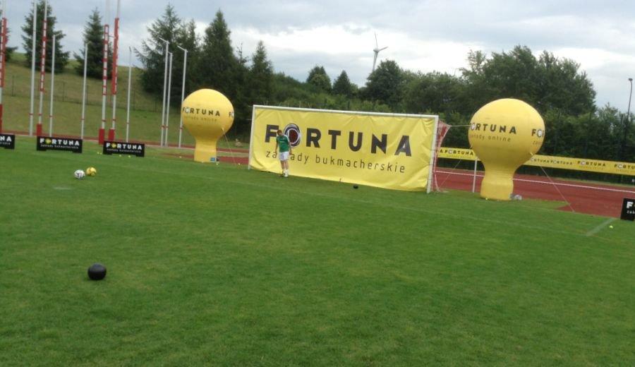 Piłkarze Legii podczas kręcenia reklamówki Fortuny