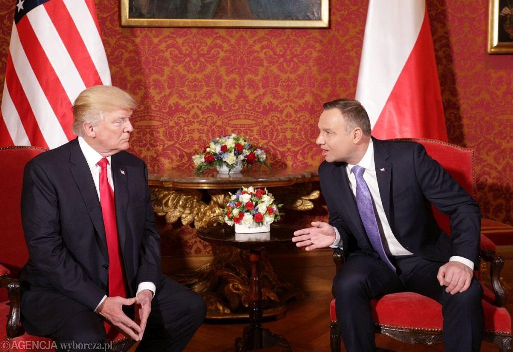 Donald Trump i Andrzej Duda na szczycie inicjatywy Trójmorza w Warszawie - zdjęcie ilustracyjne