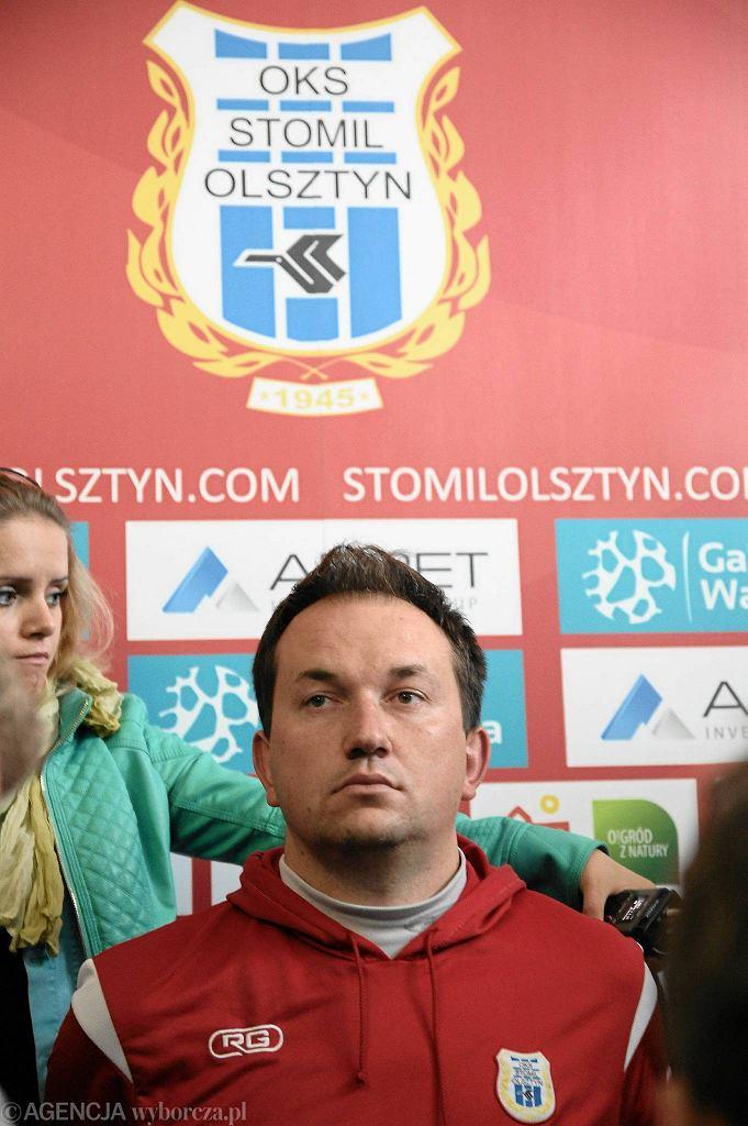 Adam Łopatko będzie prowadził Stomil co najmniej do 30 listopada