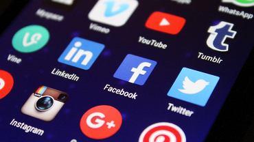 Facebook zmienia nazwy Instagram'a i WhatsApp'a