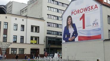 Baner Violetty Porowskiej z PiS