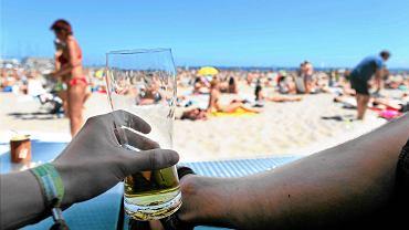 Gdańsk, Sopot i Gdynia zabraniają picia alkoholu na plaży.