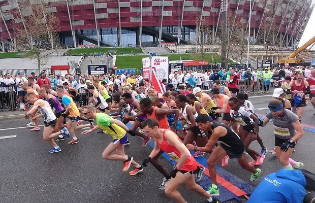 Początek Orlen Warsaw Marathon 2016