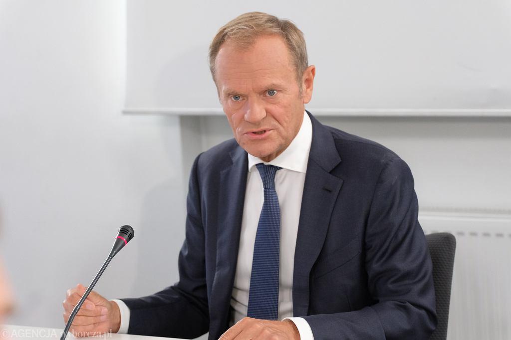 Donald Tusk komentuje sprawę prezesa NIK Mariana Banasia. 'Należy traktować go jako politycznego świadka koronnego'