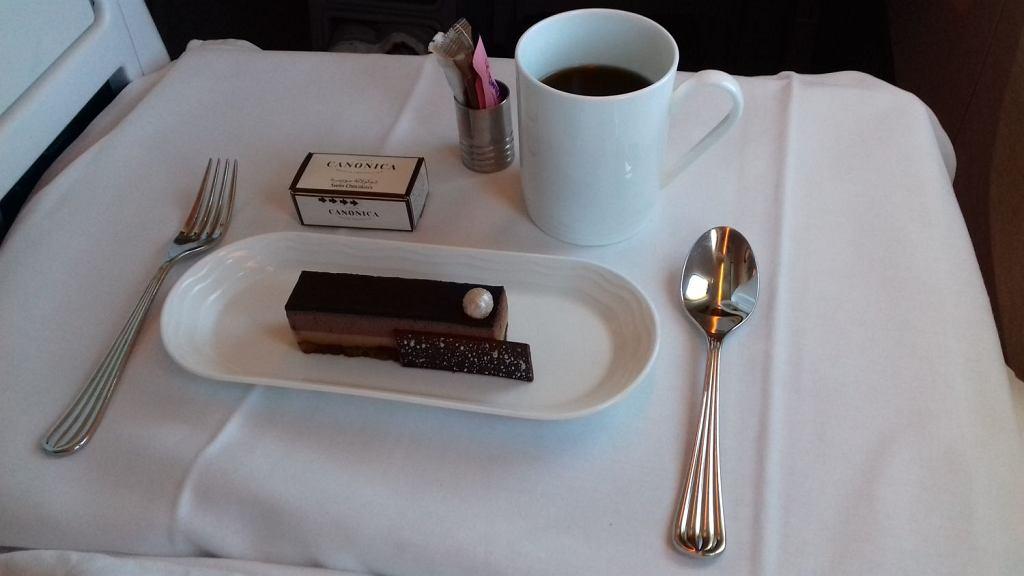 Deser serwowany w klasie biznes w Emirates