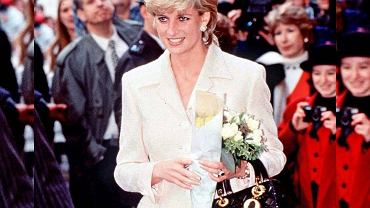 Księżna Diana i torebka Lady Dior