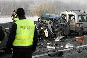 Zmiany w rozliczaniu odszkodowania za rozbity samochód możliwe w tym roku. Warsztaty protestują