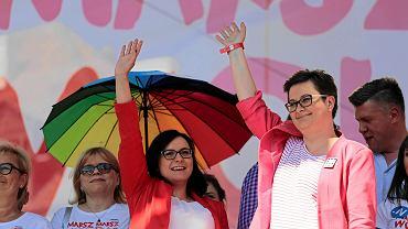 Polityczki Nowoczesnej Kamila Gasiuk-Pihowicz i Katarzyna Lubnauer podczas Marszu Wolności.